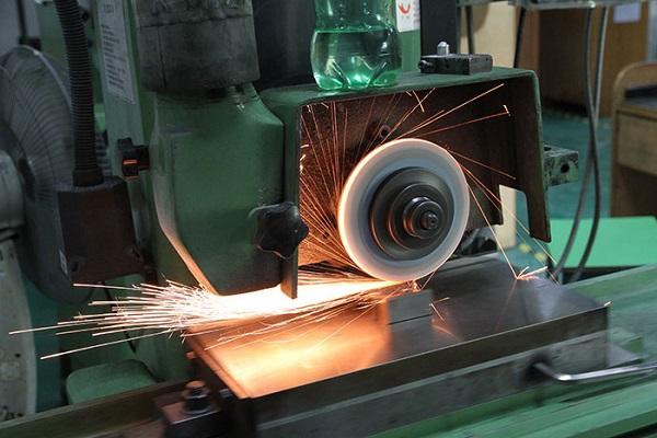xử lý bề mặt kim loại xi mạ Phương pháp mài cơ khí